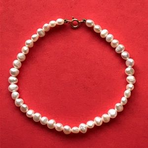 Jewelry - vintage pearl bracelet with 14K clasp